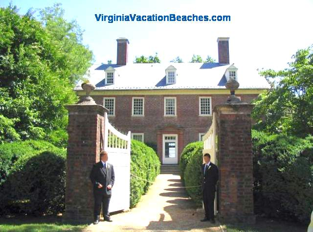 Berkley Plantation Mansion - Historic Virginia Vacation Attraction
